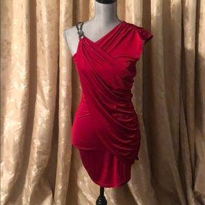 Dresses & Skirts - Stunning sexy red dress